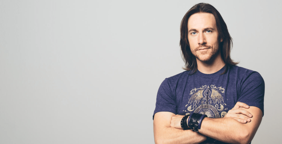 Voice Actor Matthew Mercer's Bio: McCree, Overwatch, Net