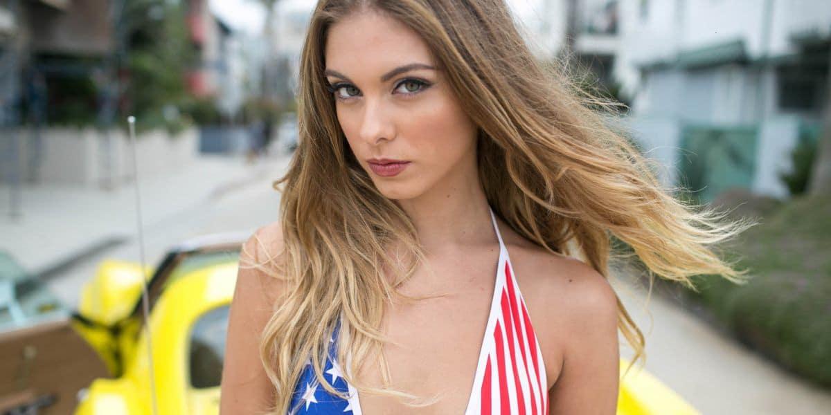 Model Carmella Rose's Wiki: Age, Height, Measurements, Boyfriend, Net Worth